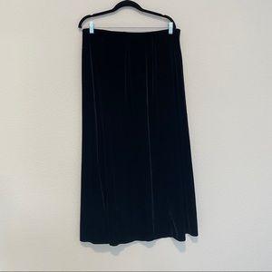 Worthington Black Velvet Elastic Band Maxi Skirt w Side Slit Size 18W